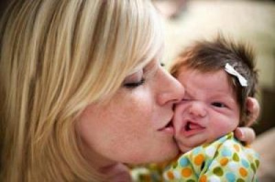 Vai visitar um recém nascido? Não deixe de consultar nossas dicas!
