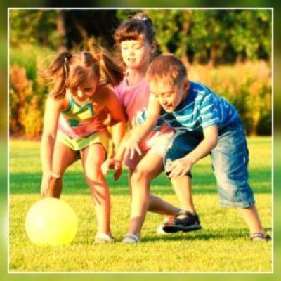 Criança sendo criança, seja ela especial ou não