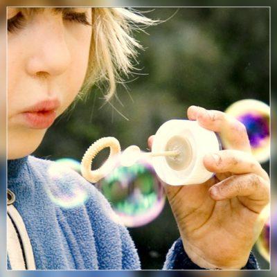Cada criança se desenvolve a seu tempo? Não é bem assim…